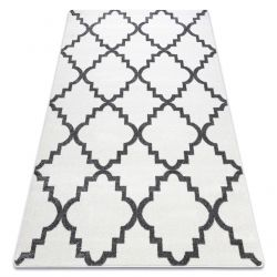 Koberec SKETCH - F343 Marocký jetel, Mřížka, bílo-šedý