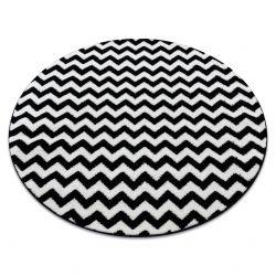Kulatý koberec SKETCH F561 Cik cak, černý, bílý