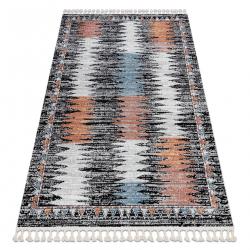 Moderný koberec BELLE BR23A čierna / ružový strapce